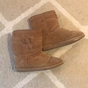 Bearpaw Brown Tan Boots Sheepskin Sz 8